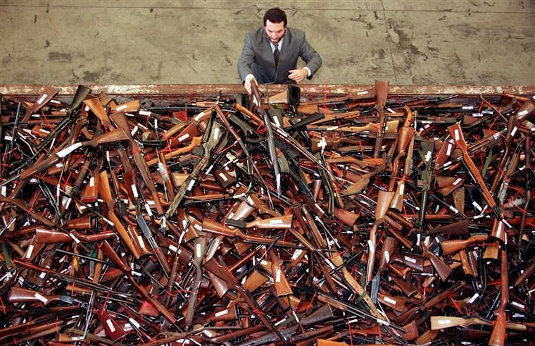 Mandatory Gun Buybacks: Pro vs. Con