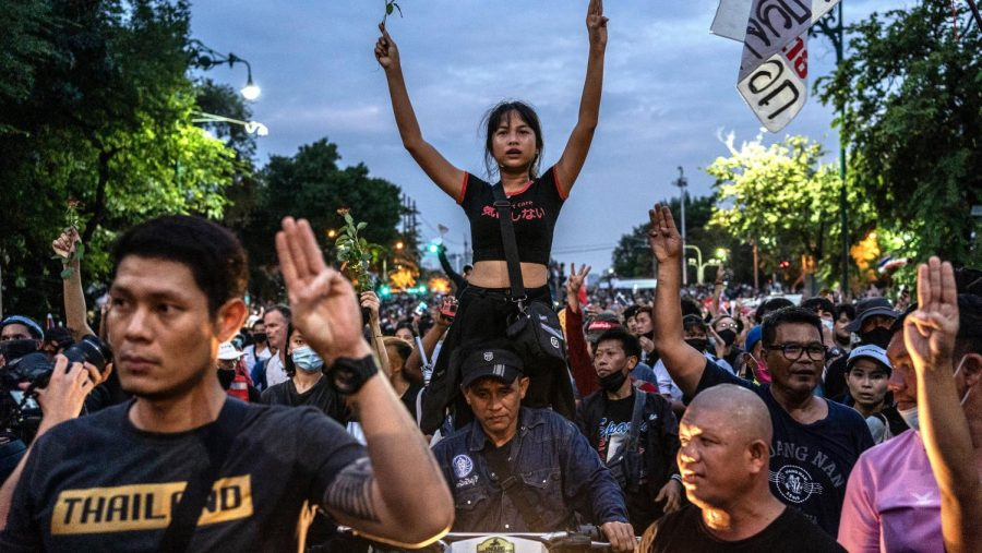 Thai Authorities Shut Down Student Protests