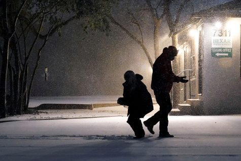 Hazardous Winter Weather Sweeps Southern & Central U.S.